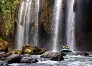 Paket Wisata Bromo Rafting Songa Pekalen 2 hari 1 malam